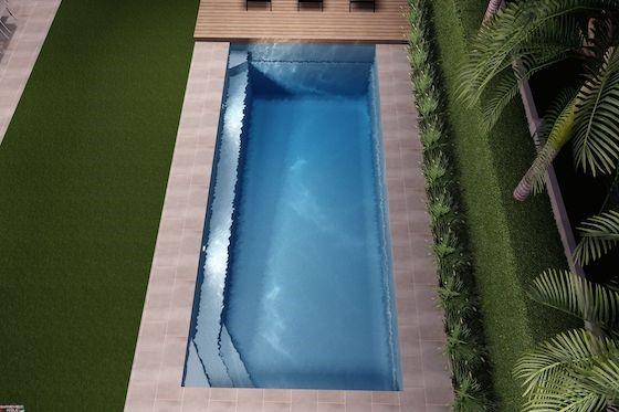 hampton-grande-pool-560-2